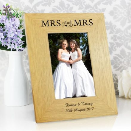 Personalised Mrs & Mrs 6x4 Oak Finish Photo Frame